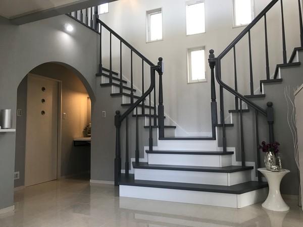 階段から想像できるものは?!